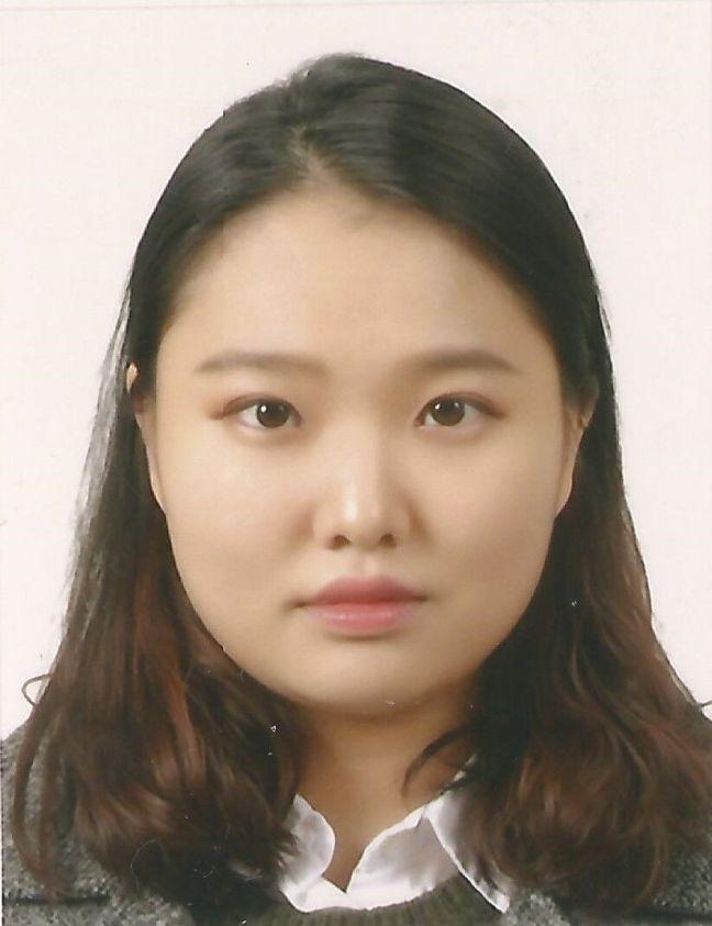 Yunseo photo